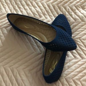 Shoes - Navy flats
